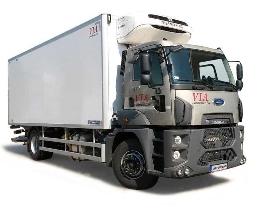 Chladiarenský nákladný automobil Ford Trucks 18-26 t prenájom